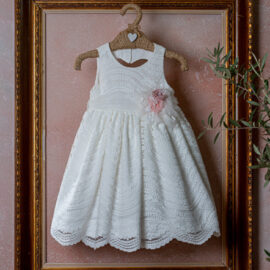 Φόρεμα με δαντέλα και λουλούδια